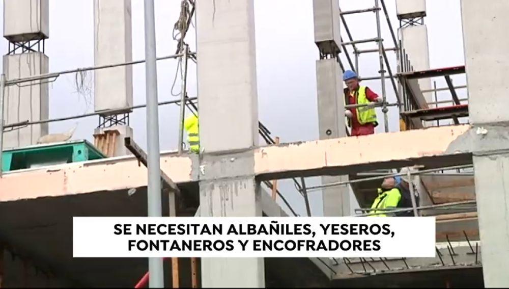 Alarma en el sector de la construcción: se necesitan albañiles, yeseros, fontanero y encofradores