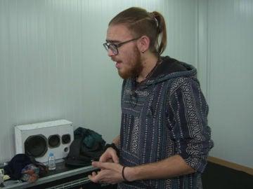 Andrés Martín prepara los últimos detalles de una de las canciones que cantará en la Final de 'La Voz'