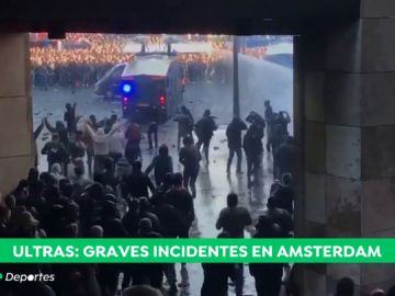 ultras amsterdam