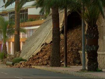Un muro se derrumba en Las Palmas