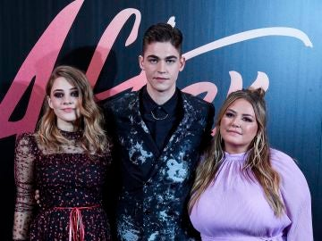 Josephine Langford, Hero Fiennes y Anna Todd presentan 'After'
