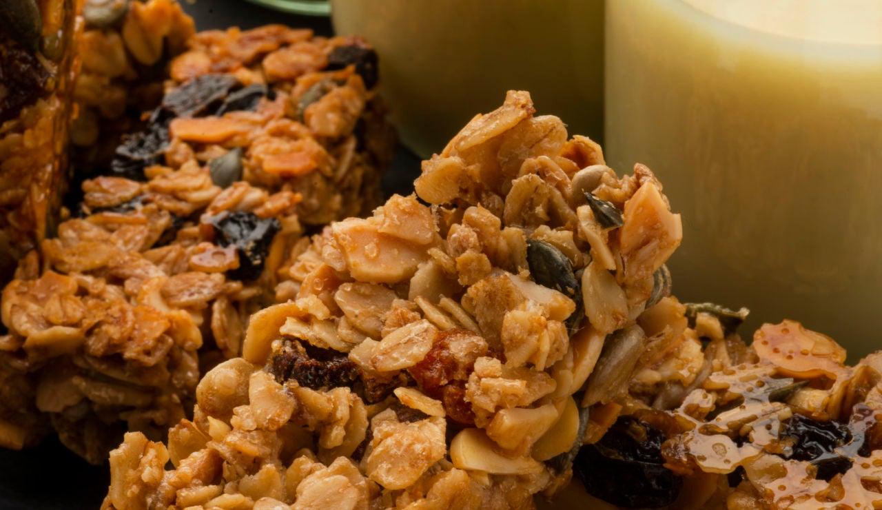 Barra de cereales y crema de chocolate casera para untar