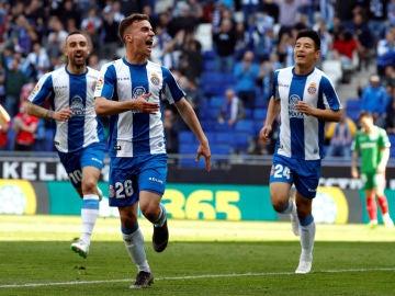 Pedrosa celebra un gol con el Espanyol