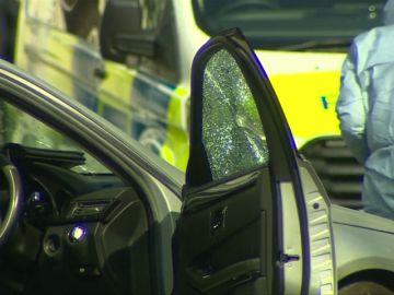 Detenido un individuo por empotrar su vehículo contra el coche del embajador de Ucrania en Reino Unido