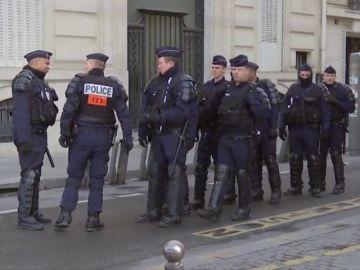 Oleada de suicidios entre las fuerzas del orden en Francia: 25 agentes se han quitado la vida en 2019