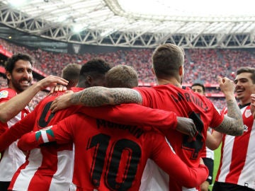 El Athletic celebra un gol