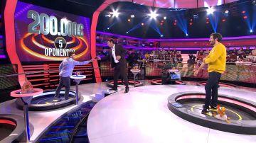 Espectacular duelo entre Alberto y Arturo Valls en '¡Ahora Caigo!'
