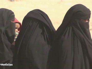 Juzgan a una yihadista por dejar morir de sed a una niña yazidí