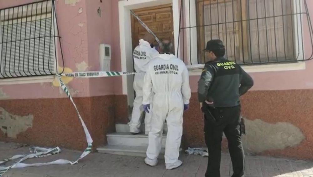 Asaltan una vivienda y matan de un disparo a su propietario en Mula, Murcia