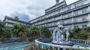 Hotel abandonado en Japón