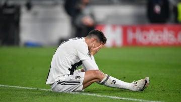 Cristiano Ronaldo se lamenta