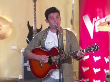 El desgarrador casting piano de Alex Palomo cantando 'Lonely boy'