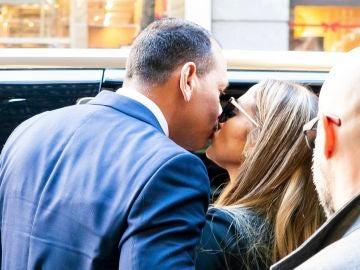 Jennifer López y Álex Rodríguez callan así los rumores de infidelidad