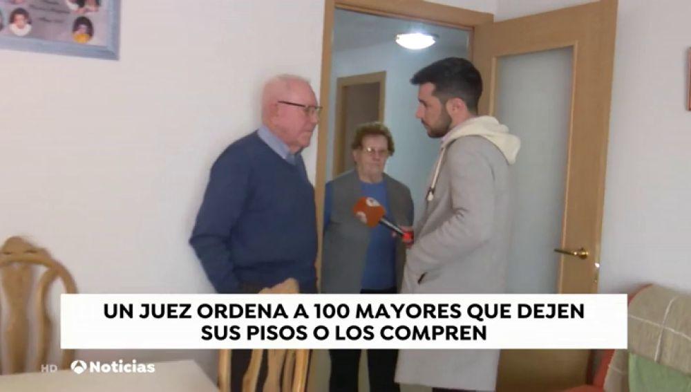Los ancianos a los que les piden abandonar sus casas