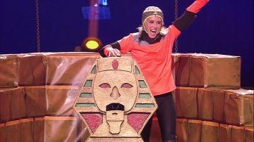 El espíritu de Spiderman se apodera de Sara, la experta en escalar 'La Pirámide'