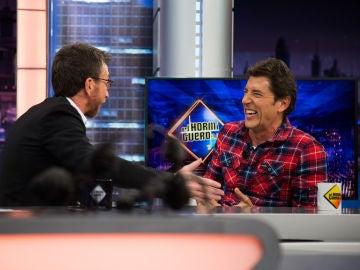 """Manel Fuentes desvela todos los detalles del nuevo talent show de Antena 3, 'Masters de la reforma': """"Sufren, lloran, te ríes"""""""