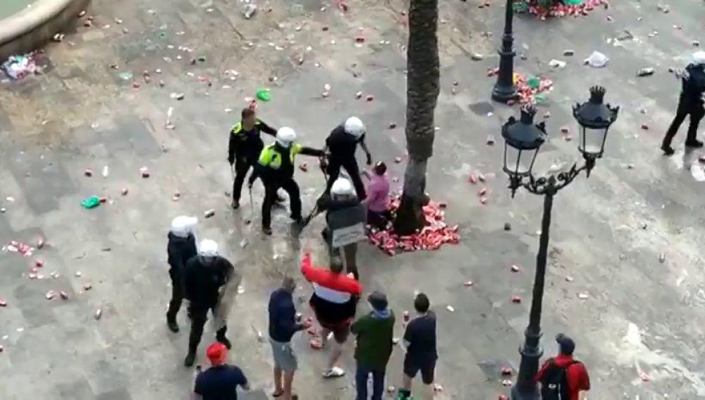 Detenidos seis aficionados del Liverpool por incidentes en Barcelona