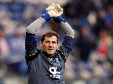 Iker Casillas, durante un partido con el Oporto