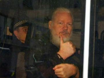 Assange se niega a dar su consentimiento para ser extraditado a EEUU
