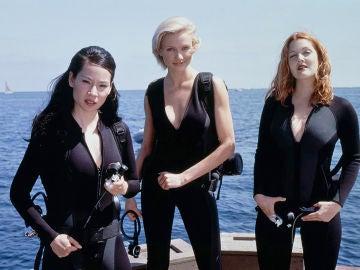Lucy Liu, Cameron Díaz y Drew Barrymore en 'Los Ángeles de Charlie'