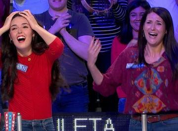 La gran alegría de Teresa y Carmen al llevarse el bote en el último panel de 'La ruleta de la suerte'