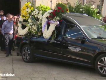 REEMPLAZO Familia y amigos despiden este viernes al joven asesinado en Cobeña
