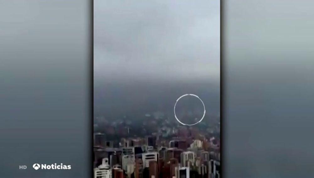 Un helicóptero del Ejército venezolano cae a tierra con siete tripulantes a bordo