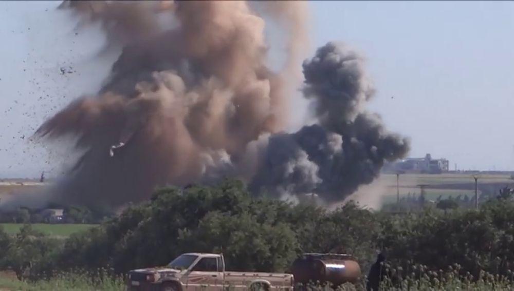 Cientos de soldados sirios rodean la ciudad de Idlib, considerada como el último bastión de las fuerzas opositoras