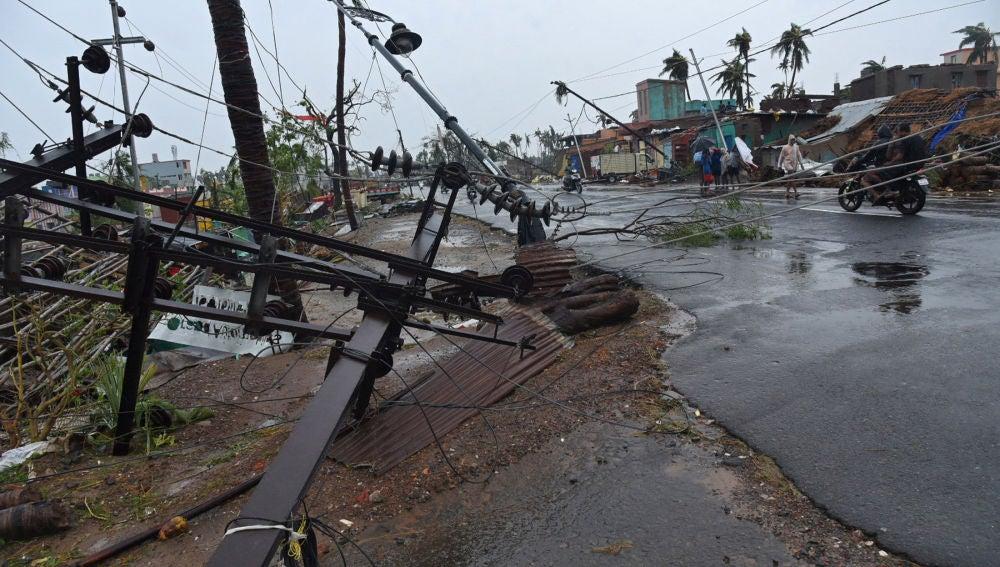 El ciclón Fani a su paso por la India