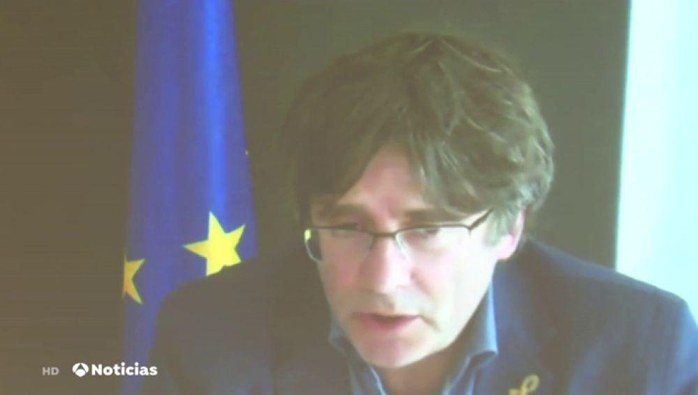 Puigdemont lamenta que el Parlament no le defendiera como JxCat ante la JEC