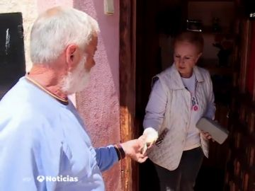 La vida sin dinero en efectivo: ¿cómo viven los habitantes de los pueblos que no tienen cajero?