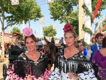 Las hermanas Lourdes y Sibi Montes