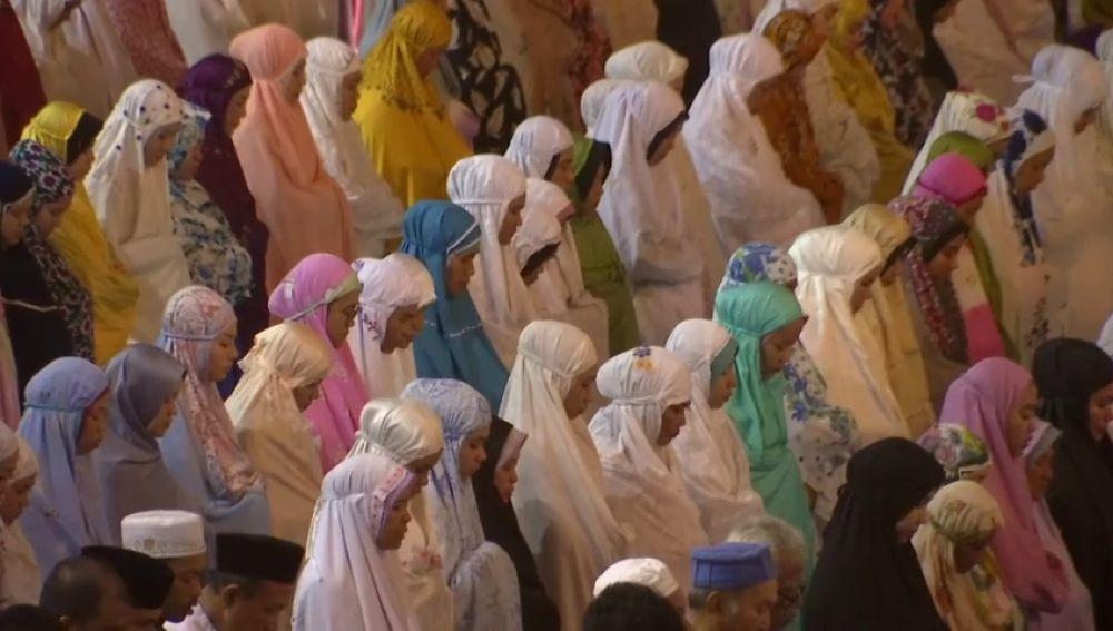 Ya es Ramadán y millones de musulmanes lo celebran en todo el mundo