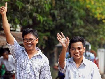 Los reporteros de Reuters Wa Lone y Kyaw Soe Oo