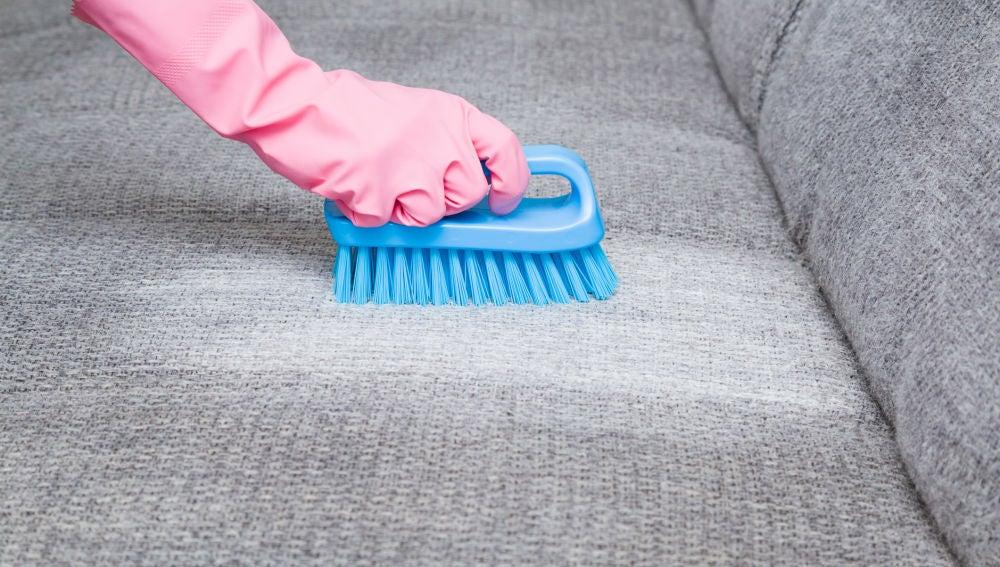 para limpiar tapicerias