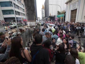 La Guardia Nacional Bolivariana impide el paso de periodistas a la Asamblea Nacional