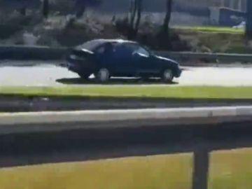 La Guardia Civil retira el carné de conducir al anciano que circuló en sentido contrario por la A-52