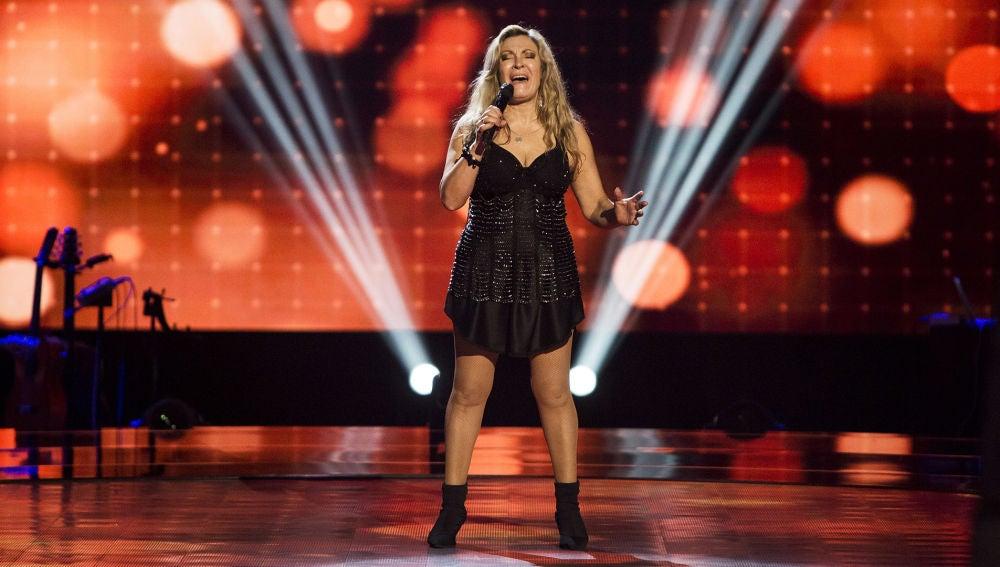 VÍDEO: Adriana Ceballos canta 'Somebody else's guy' en las Audiciones a ciegas de 'La Voz Senior'