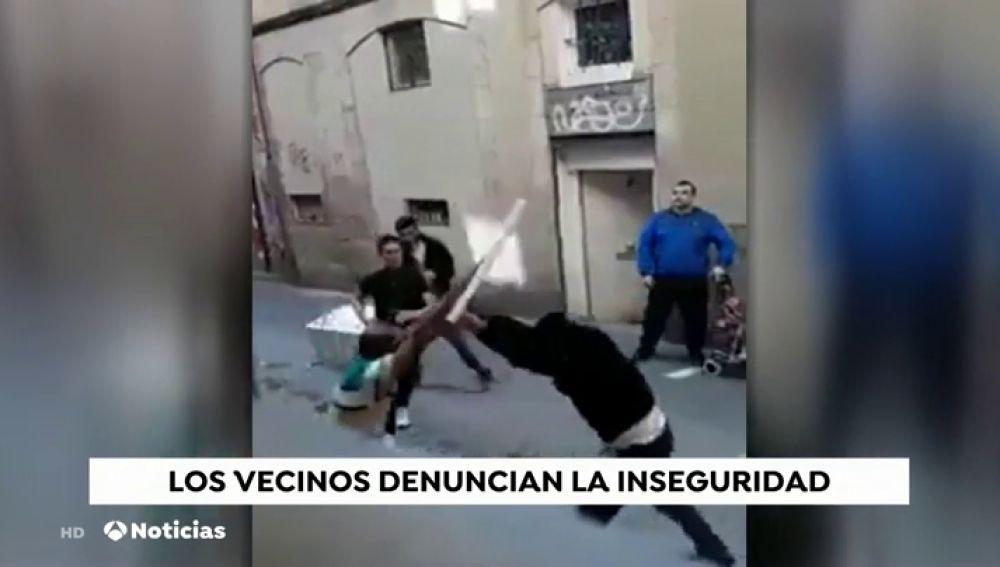 Escandalosa pelea en el barrio del Raval
