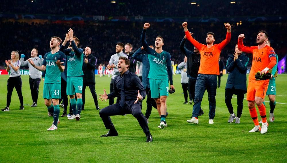 Pochettino, muy efusivo celebrando el pase del Tottenham a la final de la Champions