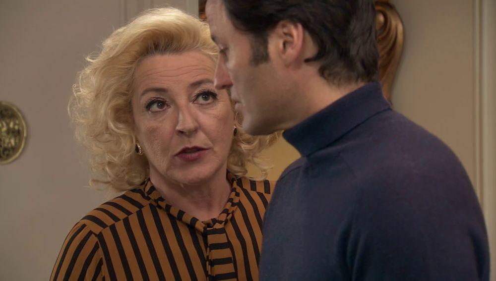 Los de la Vega no se fian de Diego que está dispuesto a sacar más dinero a Mónica