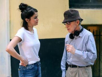 Selena Gomez y Woody Allen
