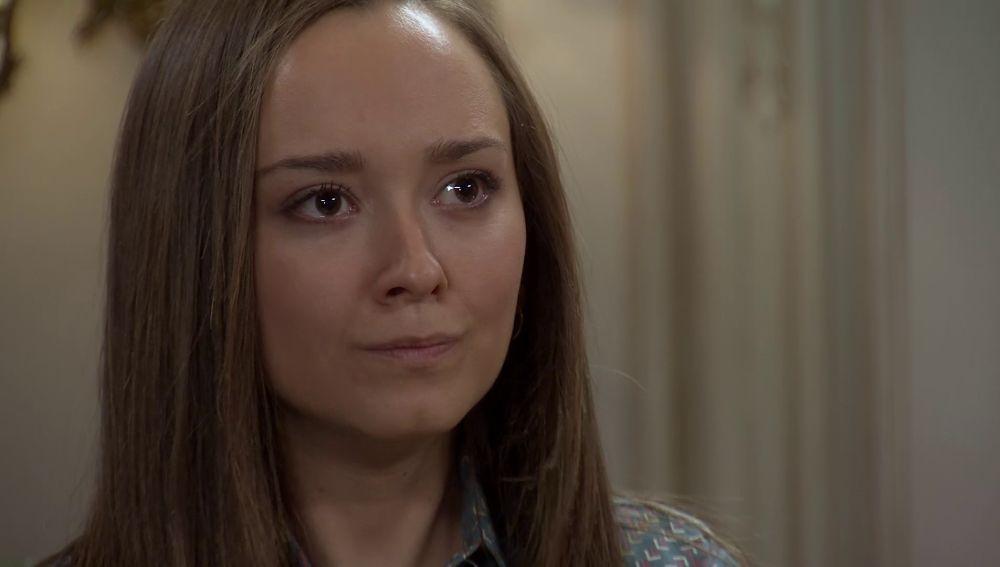 Mónica se enfrenta a Gabriel con unas duras palabras