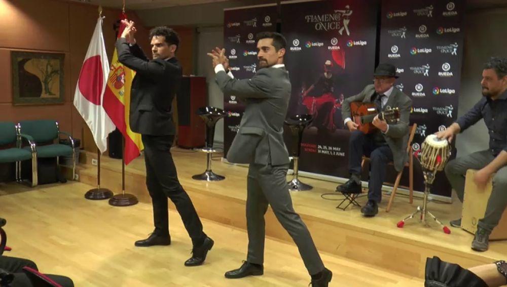 El patinador Javier Fernández se pasa al flamenco