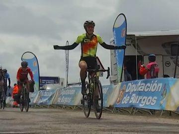 La italiana Soraya Paladin gana la tercera etapa de la vuelta a Burgos femenina y se pone líder