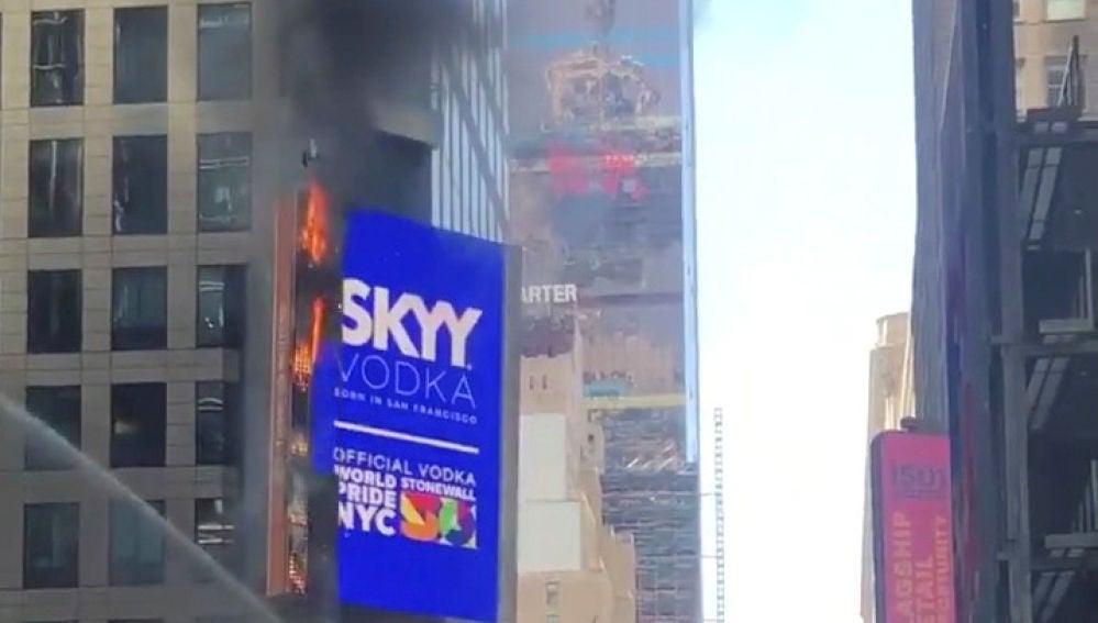 Incendio en un cartel de Time Square
