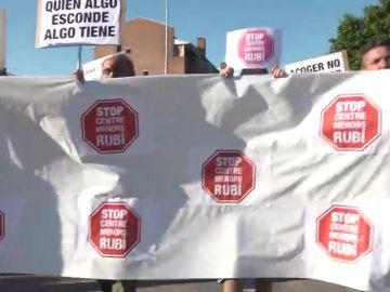 """""""No es No"""" dicen los vecinos de Rubí a un centro de menores"""