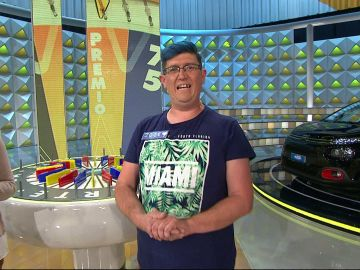 Jose, el concursante más peculiar de 'La ruleta de la suerte', deja fascinados a Jorge Fernández y Laura Moure