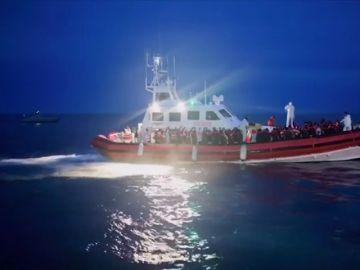 47 inmigrantes desembarcan en Italia pese a la prohibición de Salvini