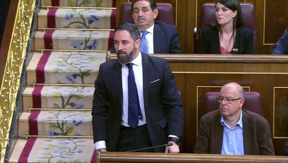 """Los diputados acatan la Constitución: del """"por España"""" de Vox al juramento de los presos"""
